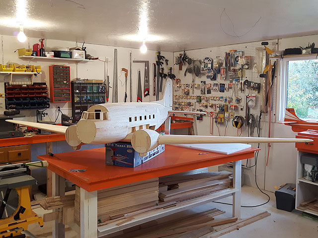 DC3 model in new hanger.