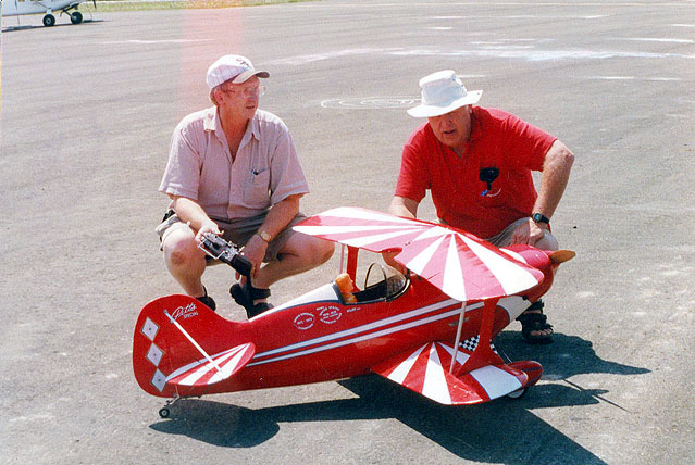 Stan Peterson and Ted Dean with beautiful Pitts.